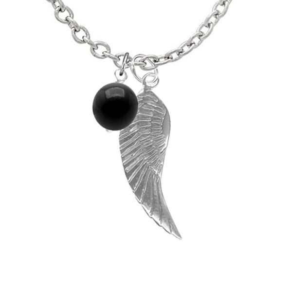 A stylish polished sterling silver angel wing and onyx semi precious gemstone…