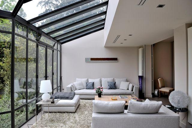 Photo : puits de lumière créé au droit d'une toiture de maison existante