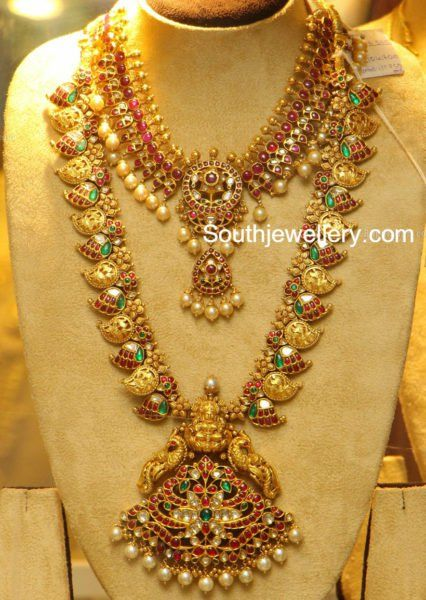 Kundan Necklace and Mango Mala