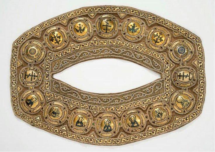 Оплечье саккоса митрополита Алексия (1364), Москва, камка - Италия, ГММК