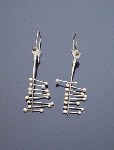 PISCES Silver Earrings http://www.vonmimi.com/collections/earrings/products/pisces-silver-earrings-e20006?utm_source=Pinterest&utm_medium=Social&utm_campaign=Earrings