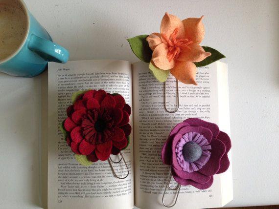 Felt Flower Bookmark // Oversized Paperclip // Decorative Bookmark // Decorative Paper clip // Felt Flowers