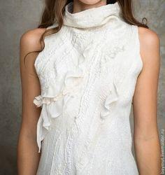 Платья ручной работы. Заказать Белое валяное платье. Лена Баймут. Ярмарка Мастеров. Нуно-фелтинг, нежный, высокий ворот