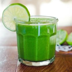 Lime and Coconut Green Smoothie by soletshangout