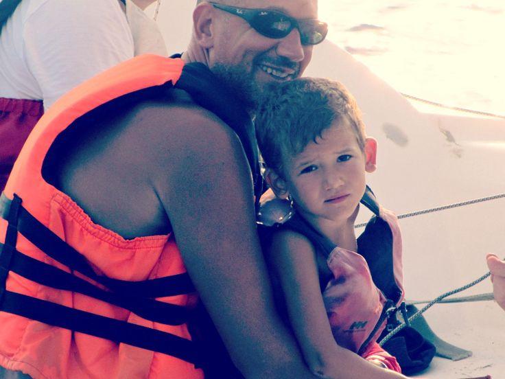 Andrea e il piccolo Lorenzo. #famiglie #vacanze #Ventotene