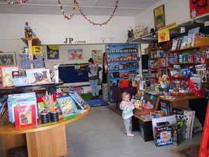 JP Junior Everlasting Bookshop - Mamma Knows West