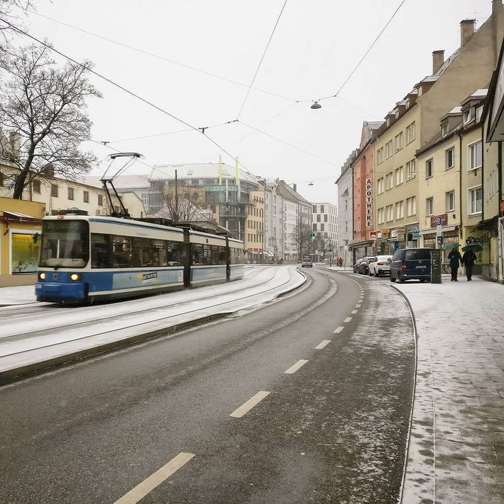 definitely not the first snow of the season but this time it seems it's going to stay  (plus: next week with fresh snow every day forecasted) . #natureknowsbest #winter #winterwonderland #winterscape #munich #minga #089 #münchen #tram #winterinthecity #igersmunich #lazysunday
