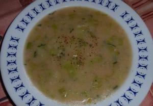 Jíšková pórková polévka