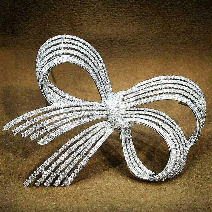 Repost @wut_primagems Diamond Brooch #diamond #brooch @primagems_official