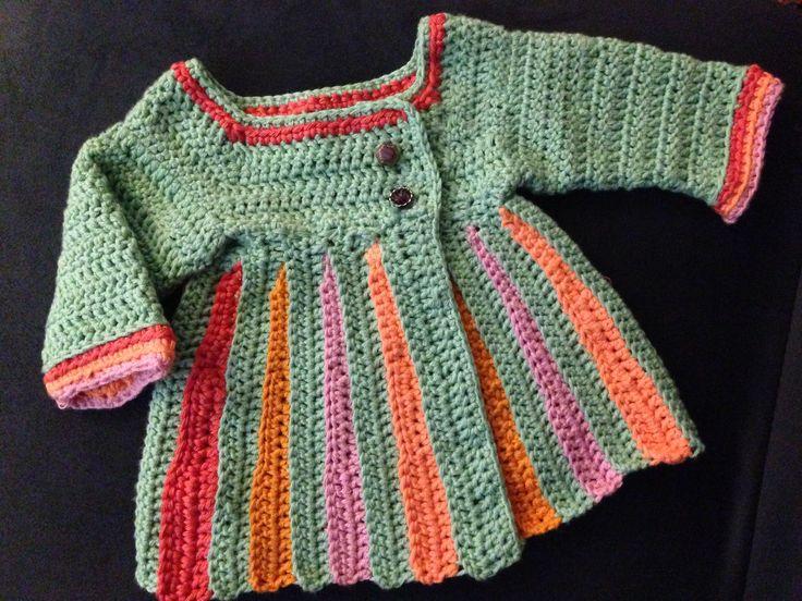 Crochet baby sweater / free pattern at http://www.mooglyblog.com/eloise-baby-sweater/#more-8338  Gehäkeltes Jäckchen / häkeln fürs baby - deutsche Anleitung kostenlos abrufbar auf der Website von http://www.mooglyblog.com/eloise-baby-sweater/#more-8338 Eloise baby sweater