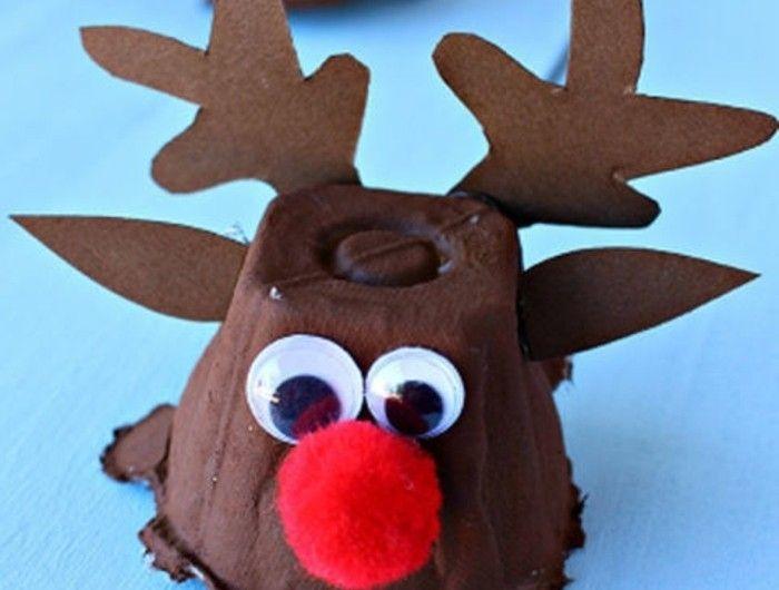 les rennes de père noel, alvéoles de boites à oeufs customisées, nez rouge et des yeux mobiles, cornes et oreilles en papier