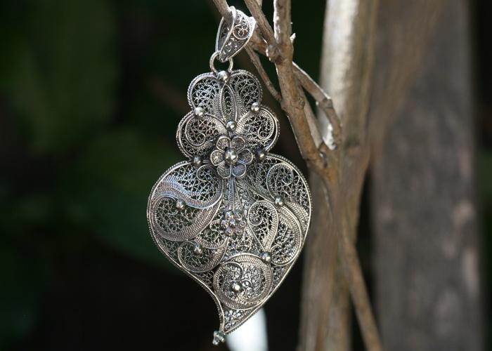 Portuguese AMALIA HEART Pendant      oxidized sterling silver