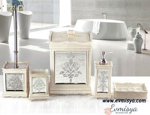 ��Modern banyo aksesuarları ile banyolarinizi güzelleştirin.���� Irya 5 parça banyo seti hera  Ürün bilgileri : Polyresin malzemeden üretilmiştir. 5 li setin parçaları : *sıvı sabunluk *Katı sabunluk *diş fırçalık *Tuvalet Fırçası *Banyo Kovası  Fiyat :315.00 tl Banyo aksesuarları parça olarak da satılmaktadır. www.evmisya.com✔ Bize dm whatsapp ve 0555 822 28 85 den ulaşabilirsiniz. #banyo #banyosetleri #banyoaksesuarları #aksesuar #orjinal #polyresin #irya #tacstyle #taç #madamecoco #yaz…