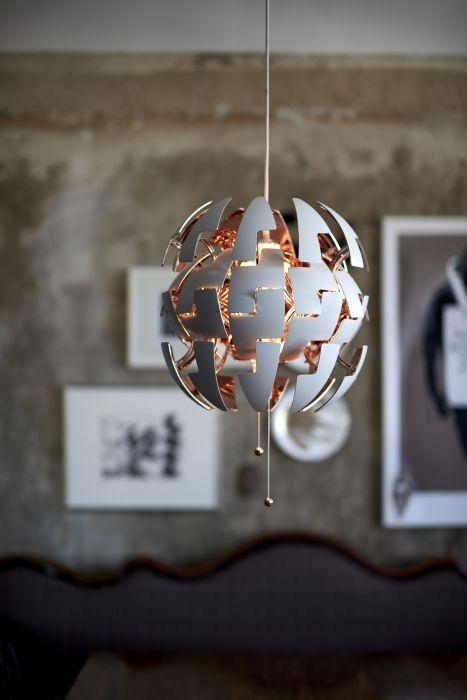 Το φωτιστικό οροφής της σειράς ΙΚΕΑ PS 2014 είναι εμπνευσμένο από ταινίες επιστημονικής φαντασίας και βιντεοπαιχνίδια.