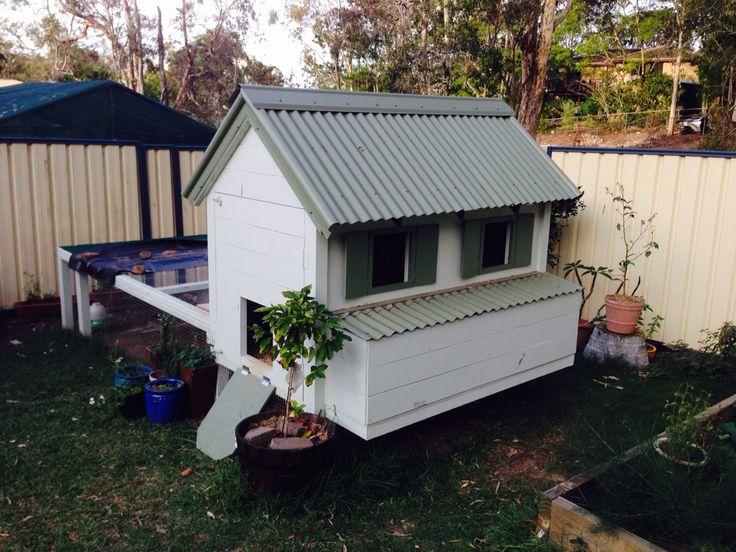 Chicken Coop - 'Cottage' Style. DIY Chicken House. #chickencoops