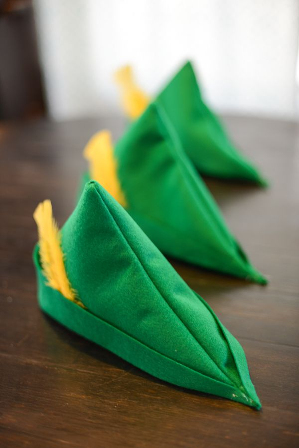 Here's a tutorial for making an easy felt Robin Hood or Peter Pan style felt hat. | TikkiDo.com