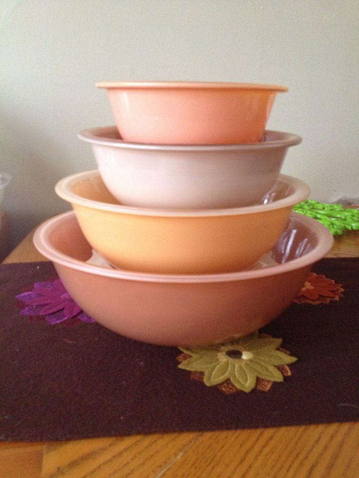 Autumn Rainbow - Vintage Pyrex Nesting Bowl Set & 109 best Modern Pyrex images on Pinterest | Vintage pyrex Bowls and ...