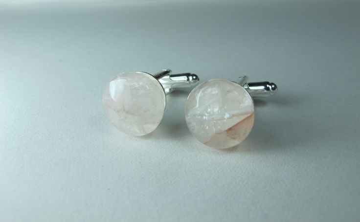 Cufflinks with pink quartz