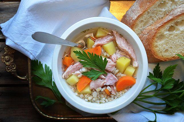 Kublanka vaří doma - Uzená polévka s kroupami