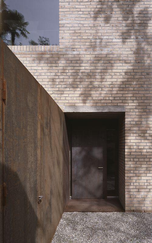 Brick + corten - Wespi de Meuron - casa mü. a morcote ti 2003