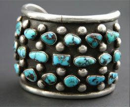 Cuff | Unknown Navajo Artist.  Bisbee Turquoise and Silver.  circa 1960