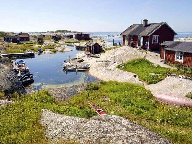 Pin By حروف On دول التي تبدأ بحرف الألف House In Nature Archipelago Stockholm Archipelago