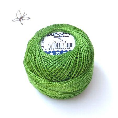 ハンガリー刺繍用の刺繍糸 ライトグリーン プチコパンではカロチャ刺繍、マチョー刺繍に比較的よく使われる色を現地の方にピックアップしてもらって直輸入しています。