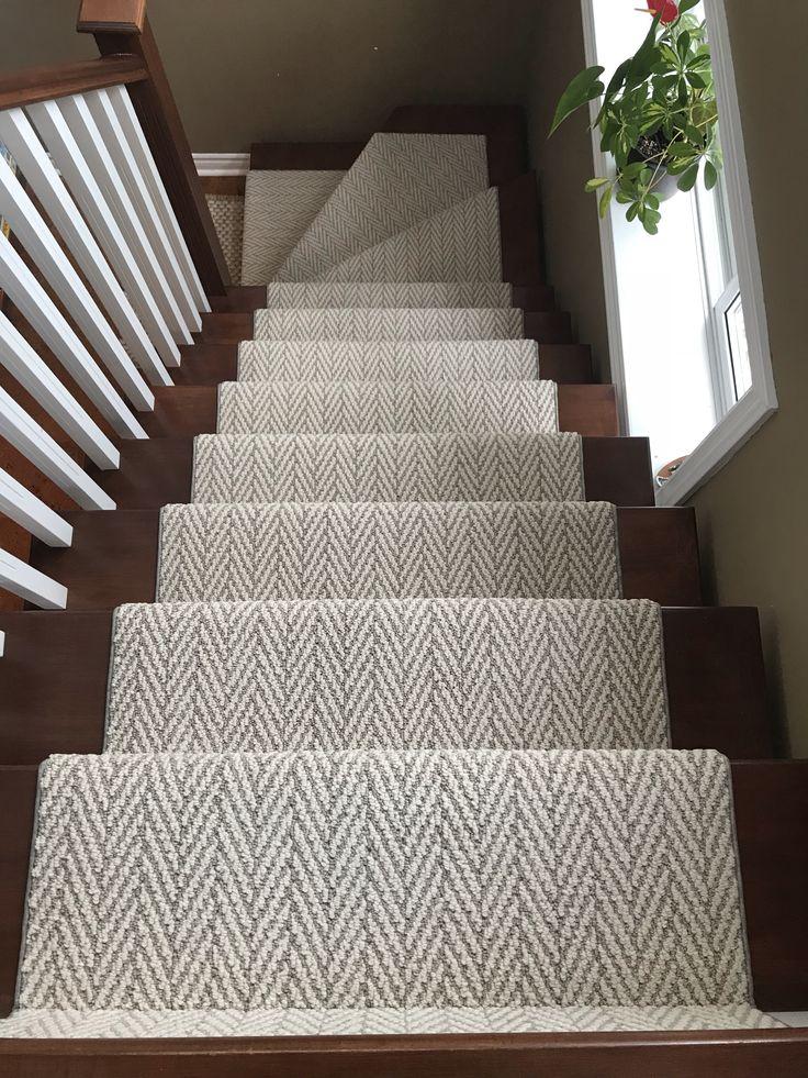 Best Stairs Runner In 2020 Stair Runner Carpet Stair Runner 400 x 300