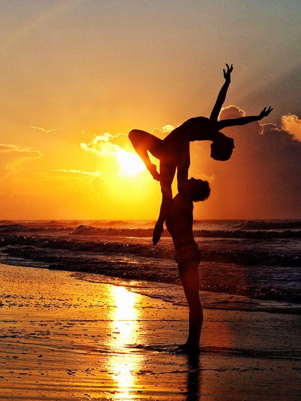 sea dancers.