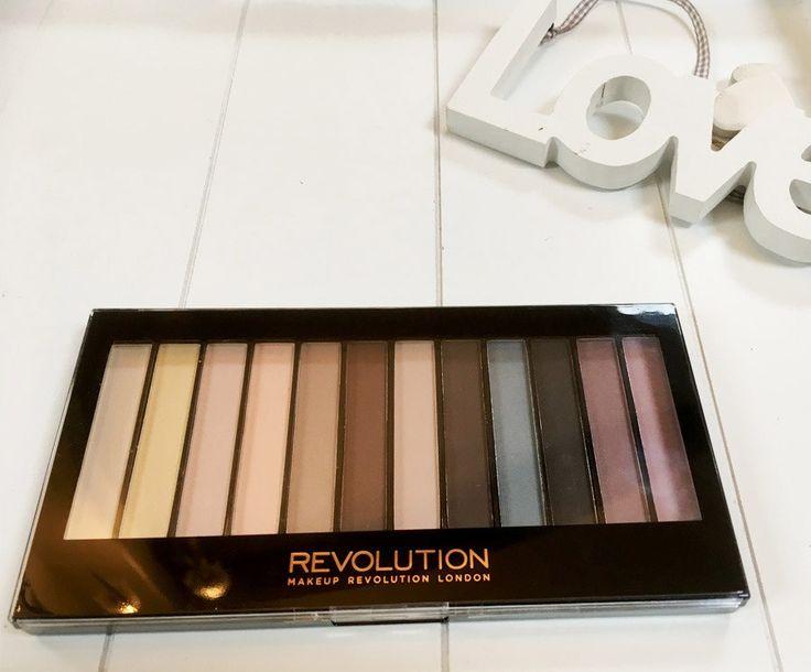 Makeup Revolution Essential Mattes palette review