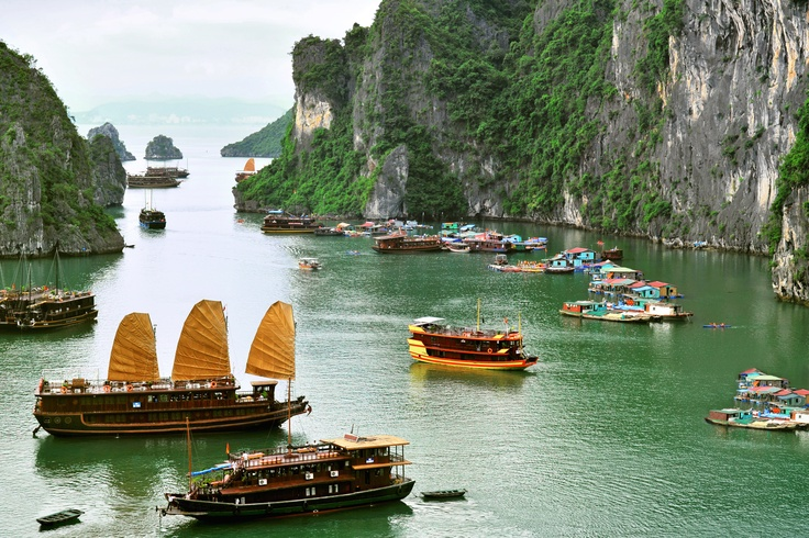 Go pho a venture in Vietnam with these great deals. These deals will float away next Monday 24.09.2012. #Vietnam #HalongBay #Travel