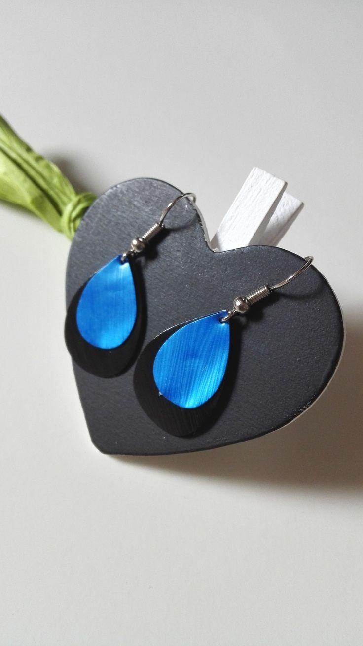 Boucles d'oreilles gouttes d'eau Nespresso noires bleues féériques version 2 : Boucles d'oreille par miss-perles