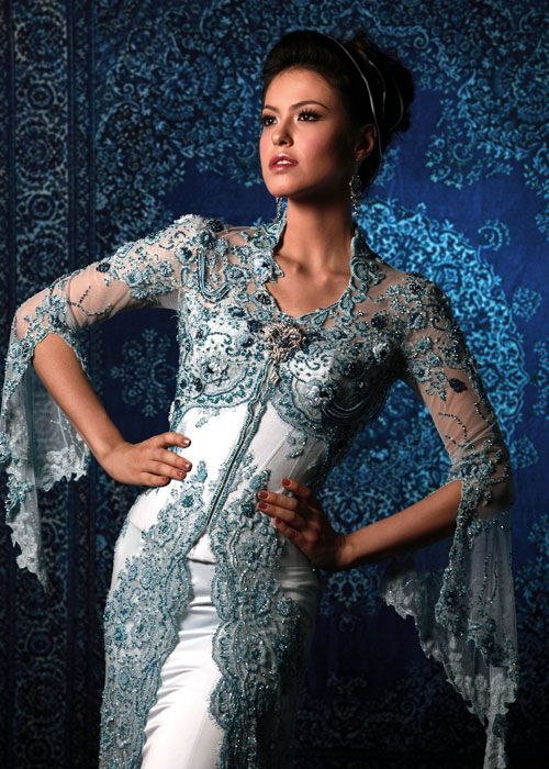 Modern Kebaya : Evolution of Indonesian Traditional Dress Style | Indonesia