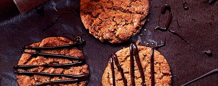 A simple recipe for ginger biscuits decorated with chocolate that makes a great food gift or a delicious snack.