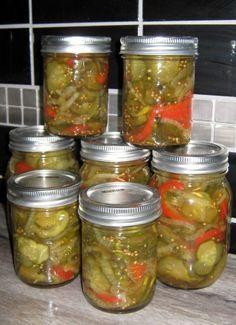 Cornichons tranchés (bread and butter pickles) #recettesduqc #cornichon #concombre