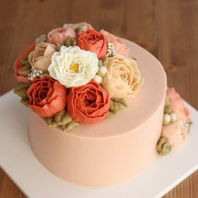 여자친구분께 전해진 핑크핑크한 플라워돔스타일 플라워케이크 #flowercake #buttercream #decoration #cake…