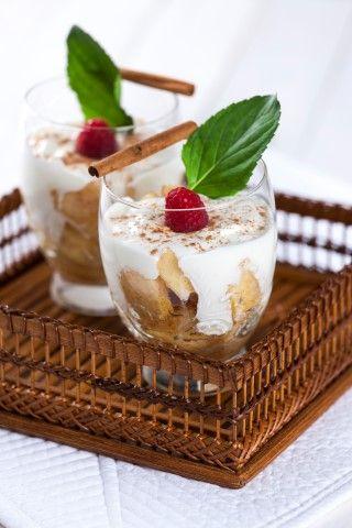 Delícia de iogurte, maçã e canela   Levíssimas, emagreça com saúde!  Saúde à Mesa nº 100 - Julho 2014 www.teleculinaria.pt