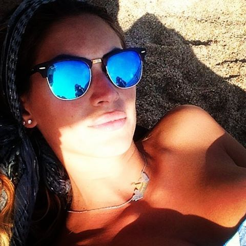 ray ban clubmaster blue lenses  Melissa Satta looks stunning wearing Ray-Ban Clubmaster RB3016 ...