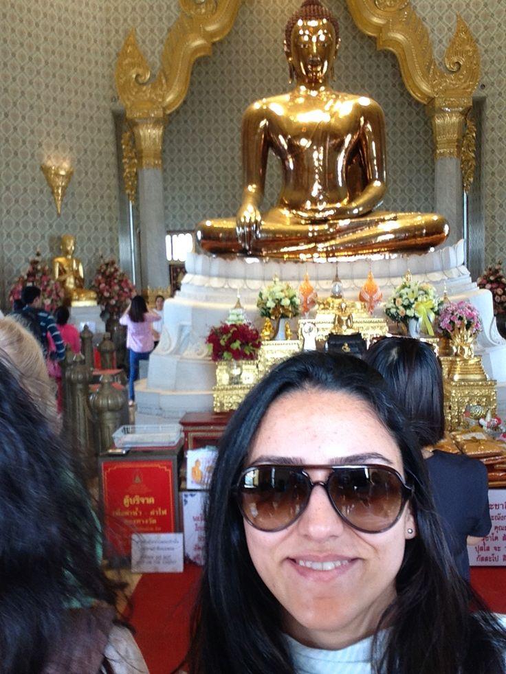 Gold buddha statue bangkok