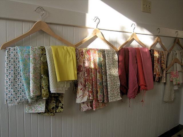 organizing fabric (craftroom)