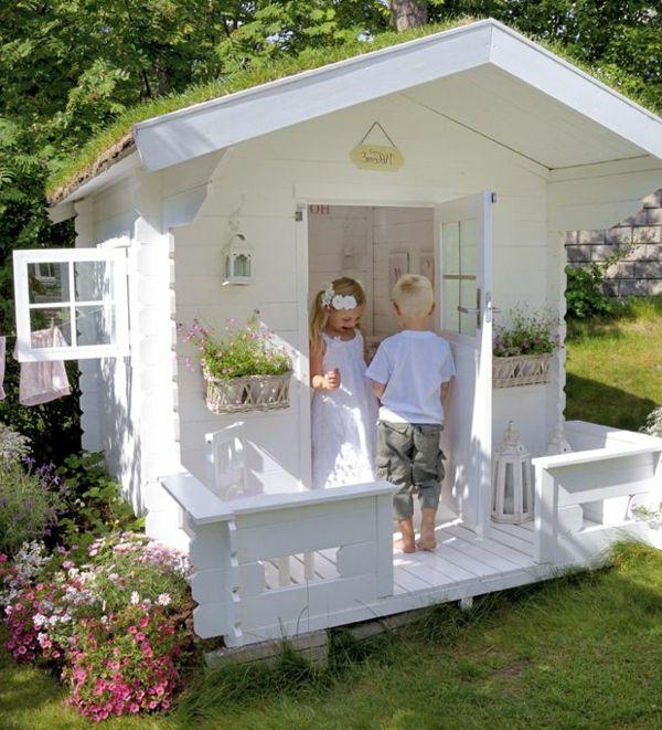 weißes-spielhaus-mit-super-design-spielen-im-garten | mädchen, Gartengestaltung
