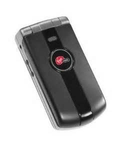 #fashionblogger #streetstyle This compact, basic CDMA phone sports a #clean design with an internal #antenna. Key features include full-duplex speakerphone, voice...