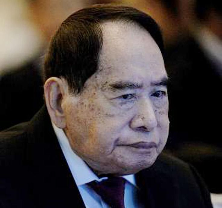 Tycoon Henry Sy, who built his SM retail fortune from a footwear shop in Manila…