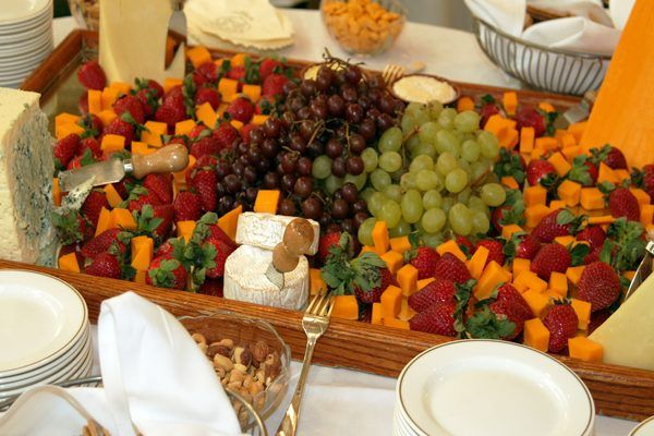 Planning a wedding reception with finger foods can be a difficult task. When no meal is served, the task is even tougher. A few simple rules apply to planning large receptions with appetizer-based meals.