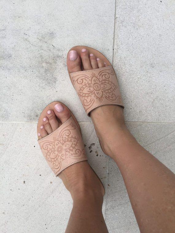 SARA Hand Tooled Natural SLIDE   Womens Leather Sandal /