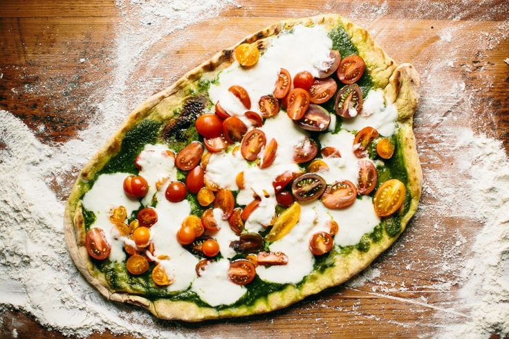 Happyolks Pizza on the Grill- I'm obsessed with this pizza