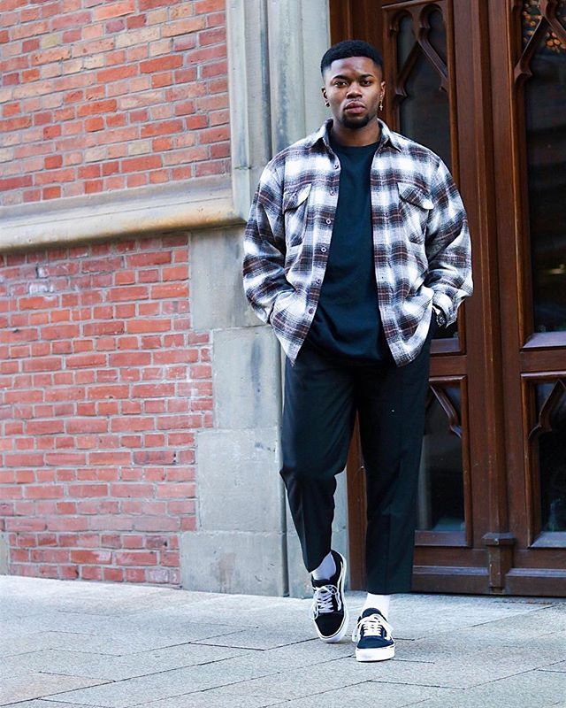 Style by @reyspictures Via @streetfitsgallery Yes or no? Follow @mensfashion_guide for dope fashion posts! #mensguides #mensfashion_guide