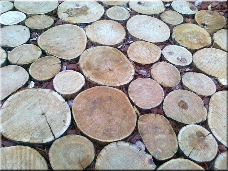 Akác fa tipegő - Áldór kft kerti fa termékek