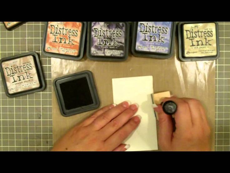 Inking edges with Tim Holtz ink
