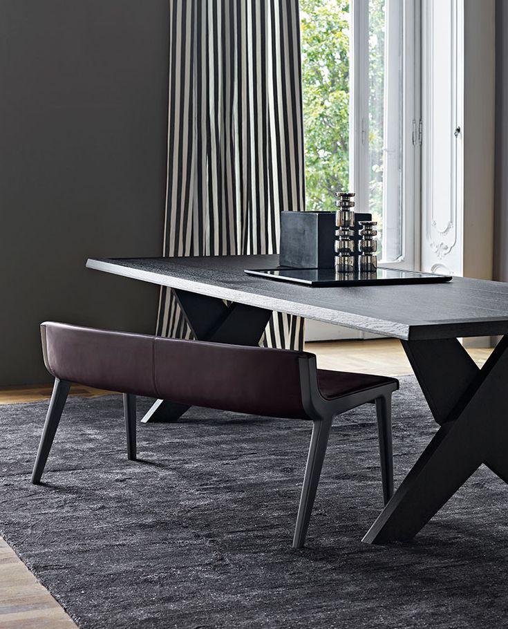 Bench: ACANTO – Collection: Maxalto – Design: Antonio Citterio